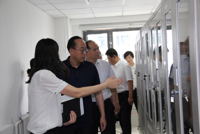 胡国强到产业链公司调研指导工作