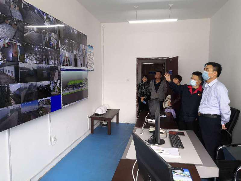 王韶辉到石河子市丰拓科技公司调研指导工作